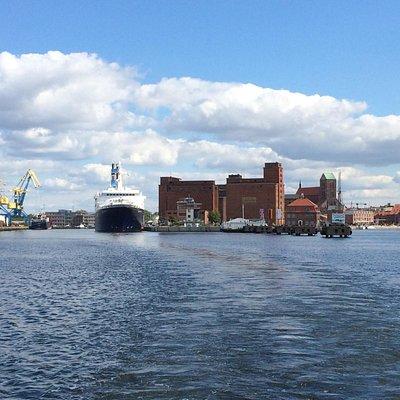 Alter Hafen von Seeseite aus