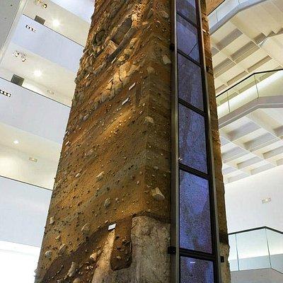 Columna estratgráfica Museo de Almería