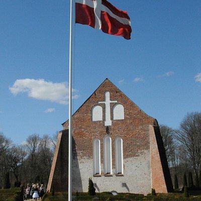 Tvilum Kirke, April 2013