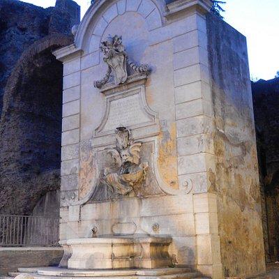 mandrione - fontanile dell'acquedotto felice