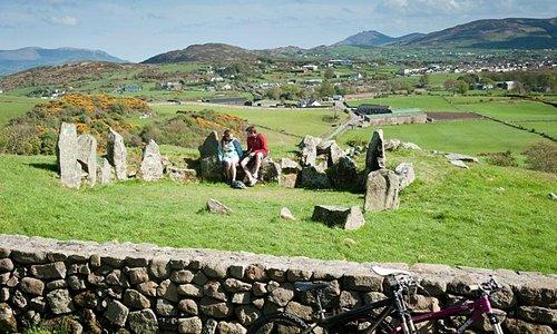 Ballymacdermot Court Cairn, Ring of Gullion