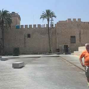 Nice plaza with retrospective to ancient castle.