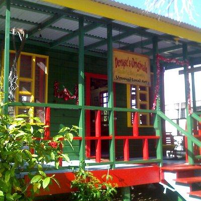 shop located on placencia sidewalk