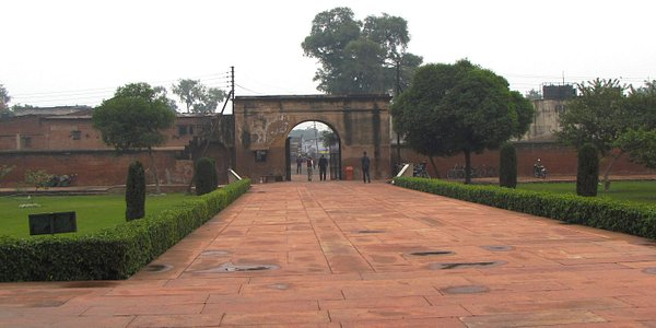 The entrance from inside Rambagh