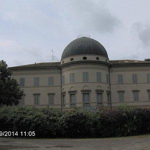Villa Levi, facciata