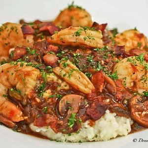 Shrimp and (the best) Grits (you'll ever eat)