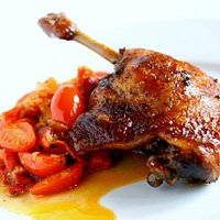 Crispy Leg of Duck with special Hungarian Lecsó (pepper and tomato stew)