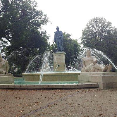 Fontaine Bruat
