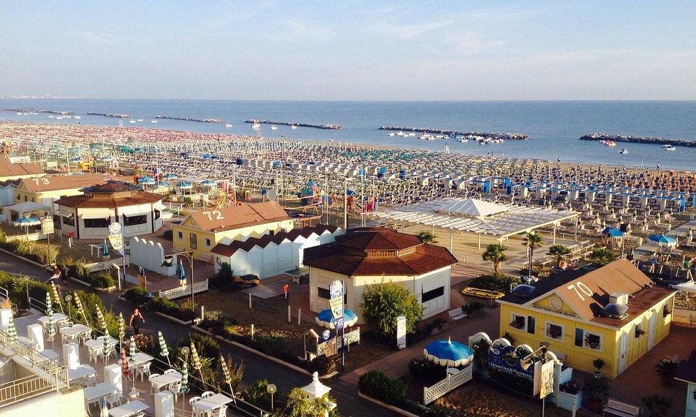 The beach from Luxor Beach hotel.