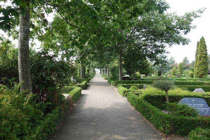 Vejen Kirkegård