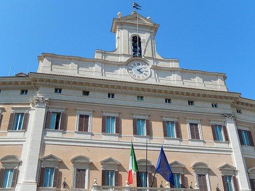 p.zza monte citorio - palazzo del parlamento 2