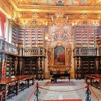 Biblioteca sem igual !!!!