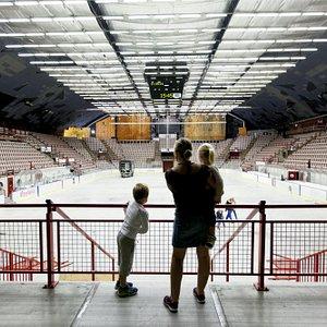 Gjøvik Olympiske Fjellhall - verdens største publikumshall i fjell