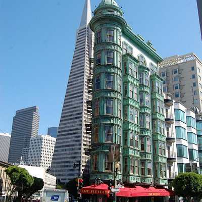 Sentinel Building with the Transamerica Tower in the background