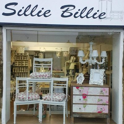 Shop front, opposite the New Inn, pop in for a natter about interiors ;-)
