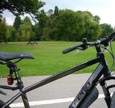 Cycling in Brueton Park