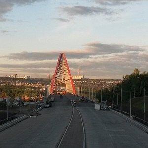 Въезд на Бугринский мост