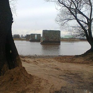Опоры бывшего ж/д моста