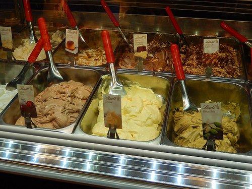 lindt store CSA - banco gelati