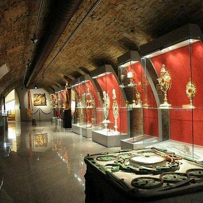 Lower floor exposition