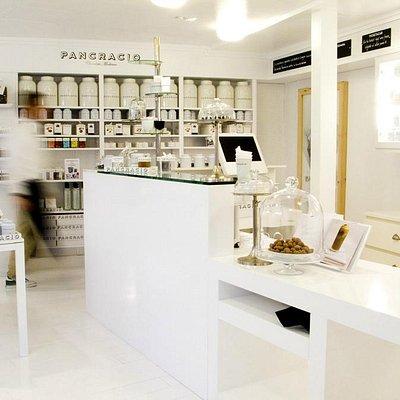 PANCRACIO interior tienda