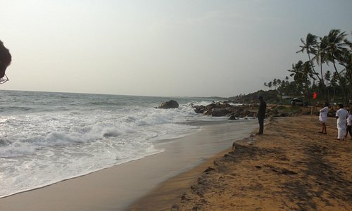 a late afternoon @ kovalam beach