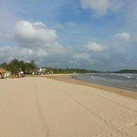 Пляж возле отеля The Palms 4*