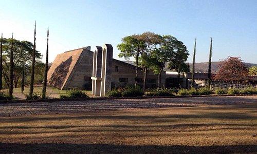 Mosteiro de São Bento de Vinhedo: vista externa (setembro.2014)
