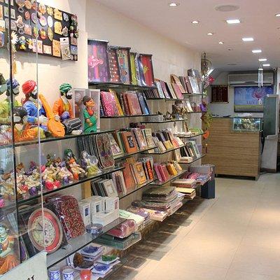 Souvenir store: 12 B Janpath Mkt