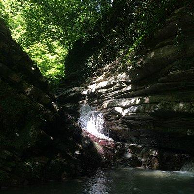 Очень холодный водопад