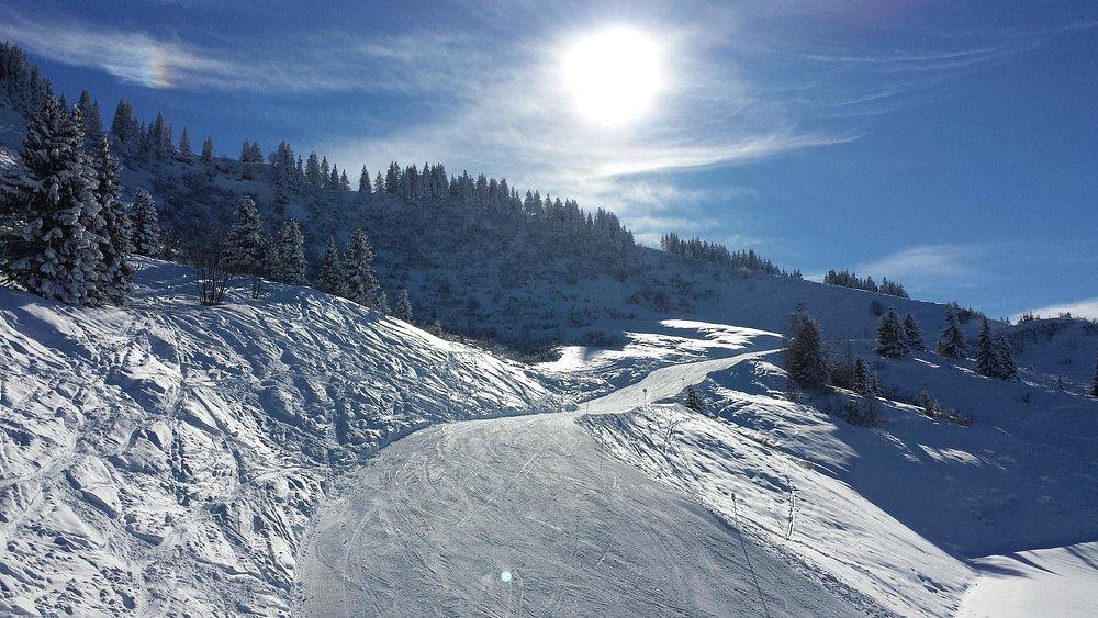 Les Carroz ski slopes