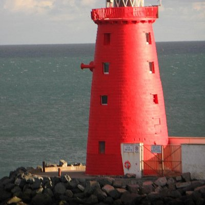 Poolbeg Lighthouse, taken from Dublin to Holyhead ferry, courtesy of Tarry11
