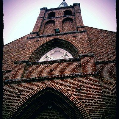 Eglise St Bernard, la rosa restaurée