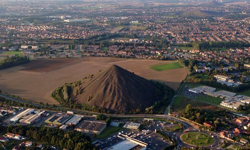Foto tirada durante um voo de balão na região, mostrando o quanto o homem muda a geografia , tra