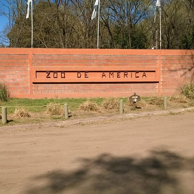 Entrada al zoo