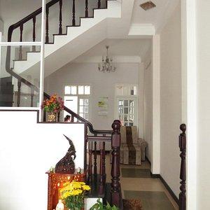マッサージ室への階段