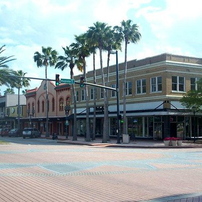 Riverfront Marketplace in Daytona Beach