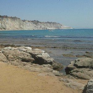 Strand met de witte rotsen