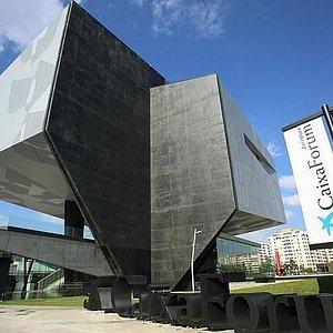 CaixaForum Zaragoza exterior 1
