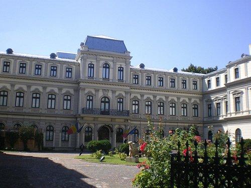 Romanit Palace