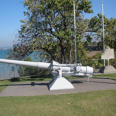 Deck Gun & USAAF Placque