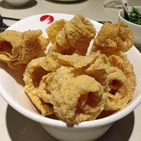 Deep-fried bean curd skin (炸豆皮)