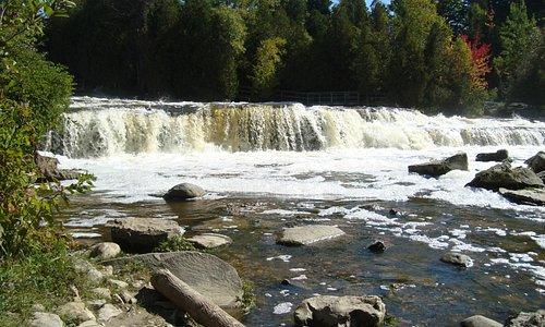 de rapids van Sauble Falls