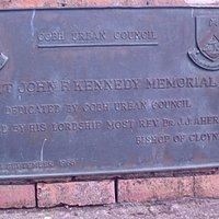 Memorial in bronze & a park