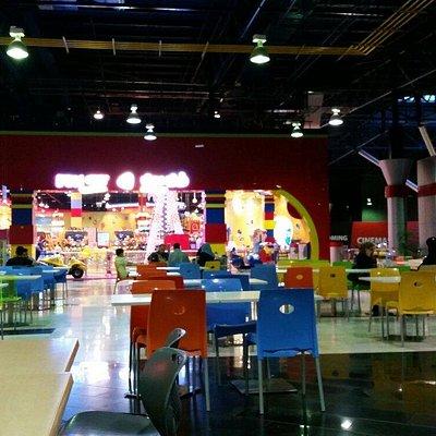 third floor fun city & food court