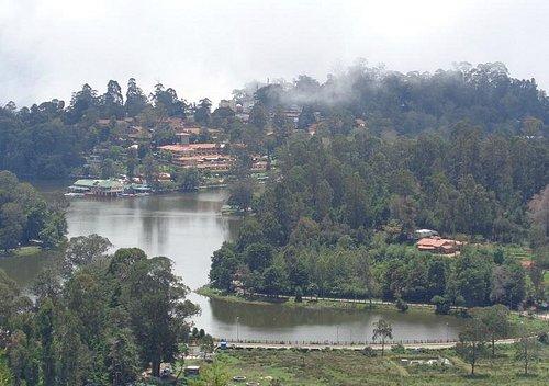 Upper Lake View からの眺め