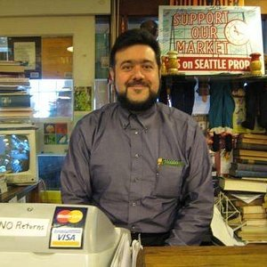 The singing bookseller