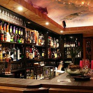 Tolle bar