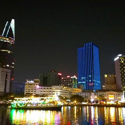 Tam Global Travel - Saigon night life tours