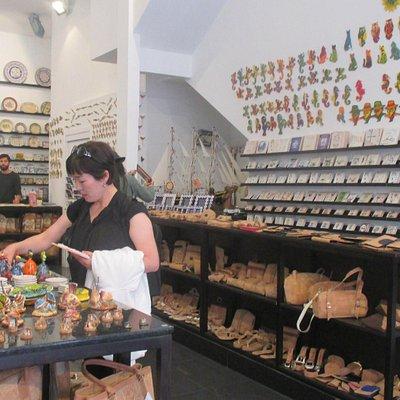 Vista de la tienda de Artesanías